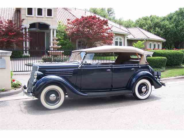 1935 Ford Model 48 | 978624