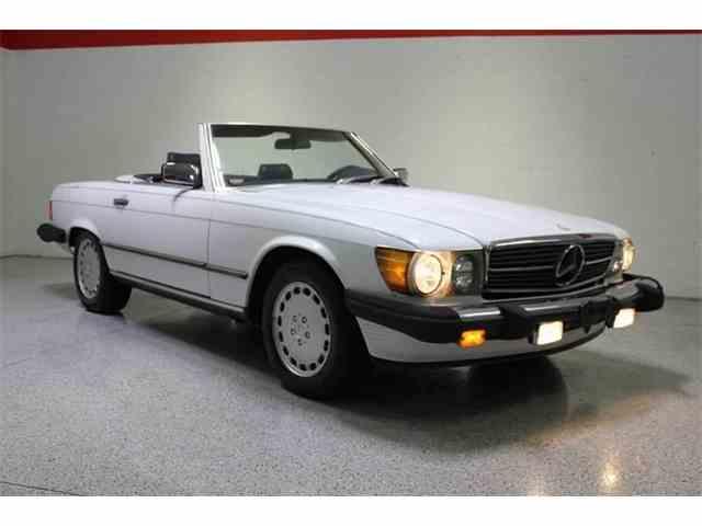 1987 Mercedes-Benz 560 | 978744