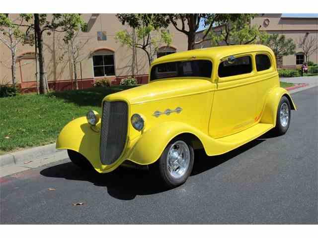 1933 Ford Victoria | 978877