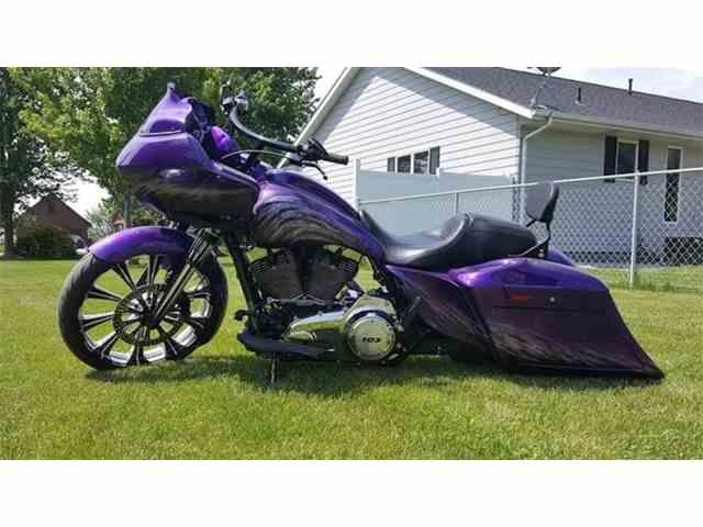 2013 Harley-Davidson Road Glide Custom | 970891