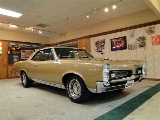 1967 Pontiac GTO | 978963