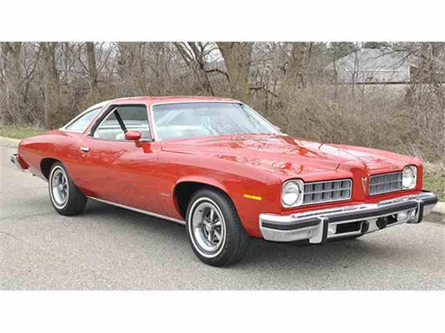 1975 Pontiac LeMans Colonnade Two-Door Hardtop | 979064