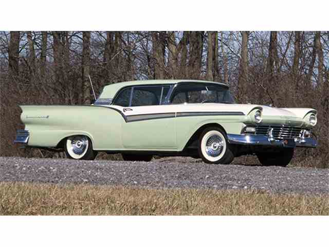 1957 Ford Fairlane 500 Skyliner Retractable Hardtop | 979078
