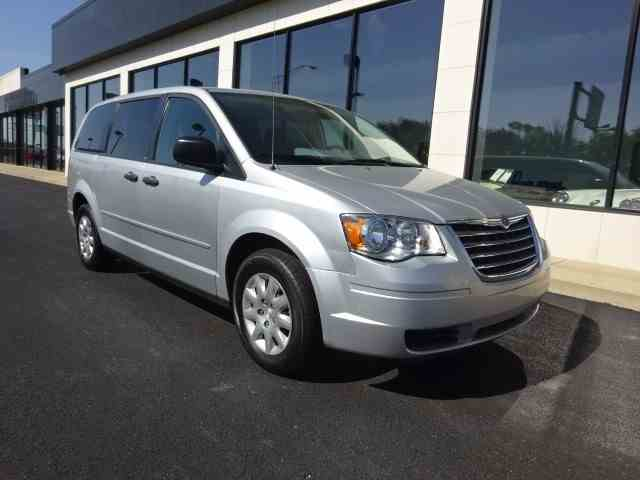 2008 Chrysler Town & Country | 979194