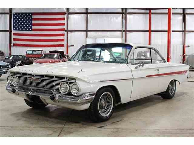 1961 Chevrolet Impala | 979248