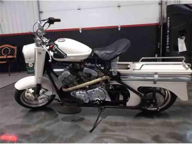 1965 Cushman Motorcycle | 979281