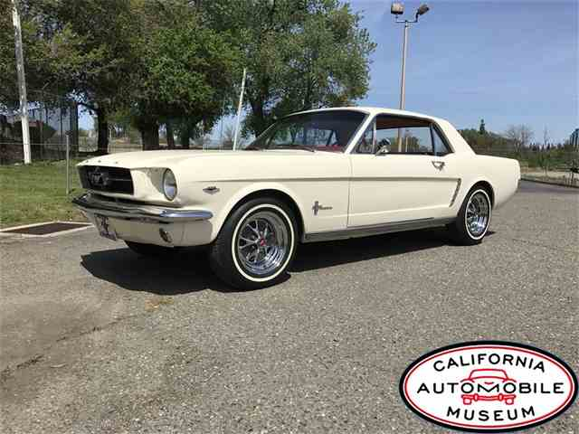 1965 Ford Mustang | 979344