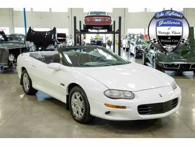 2000 Chevrolet Camaro | 979411