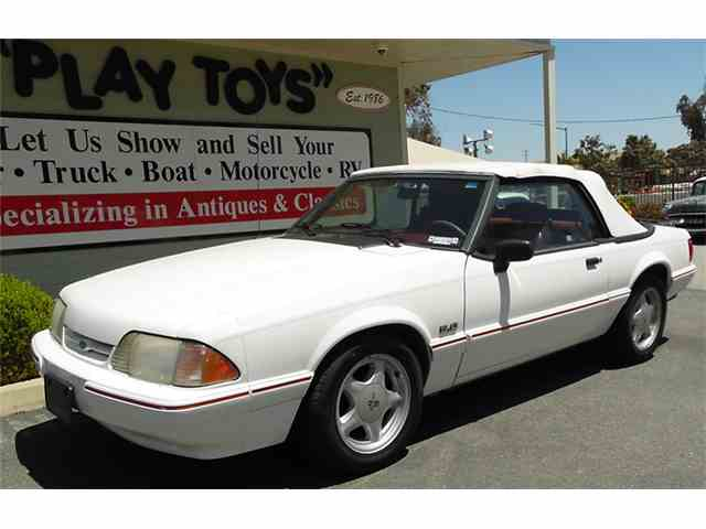 1993 Ford Mustang | 979497