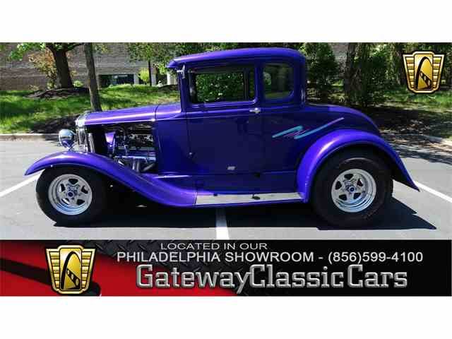 1930 Ford 5-Window Coupe | 979518