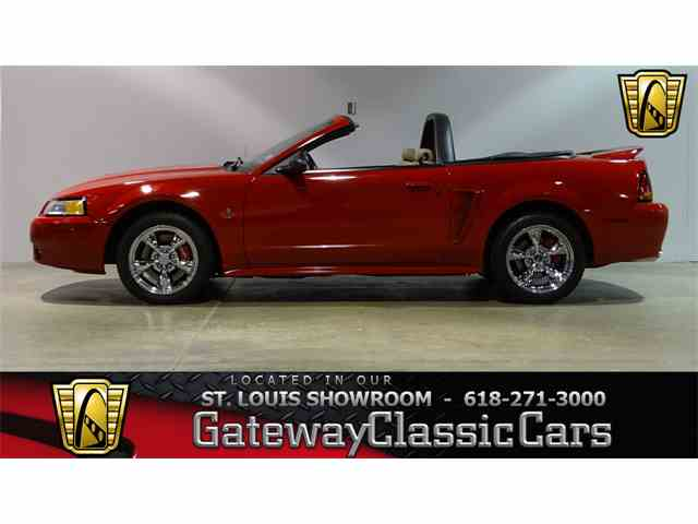 1999 Ford Mustang | 979524