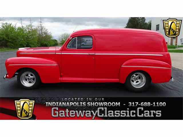 1946 Ford Sedan | 979528