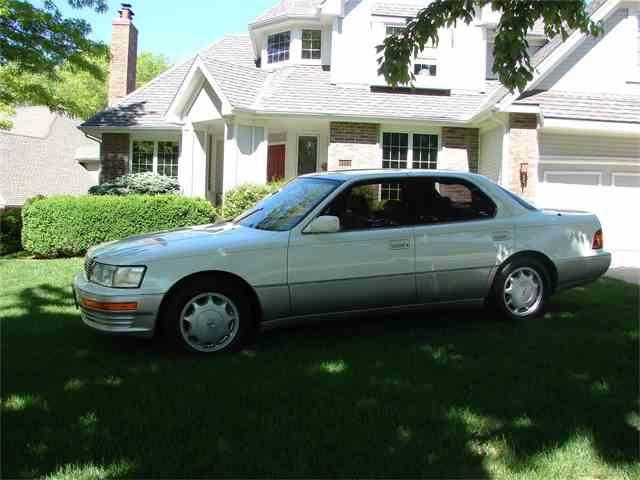1994 Lexus LS400 | 979779