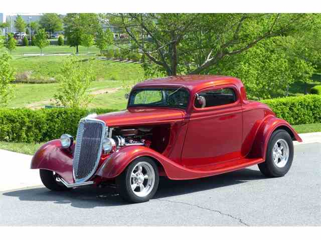 1934 Ford Custom | 979895