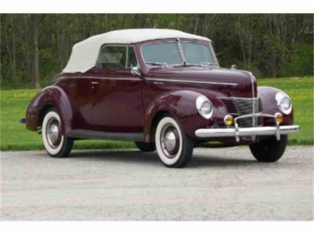 1940 Ford Deluxe | 979909