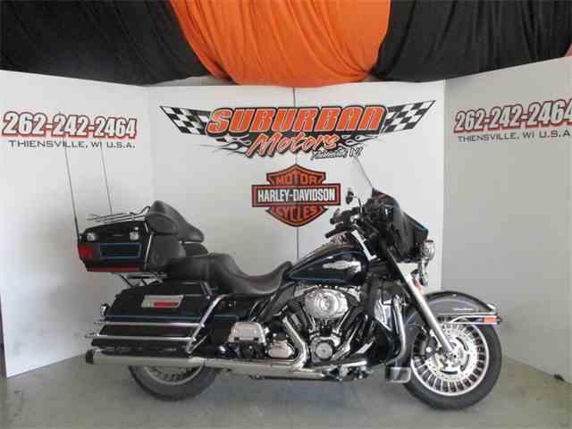 2013 Harley-Davidson® FLHTCU - Electra Glide® Ultra Classic® | 979939