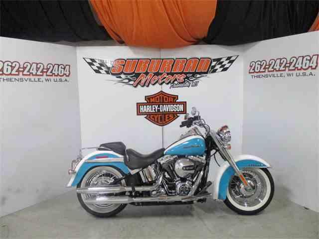 2016 Harley-Davidson® FLSTN - Softail® Deluxe | 979942