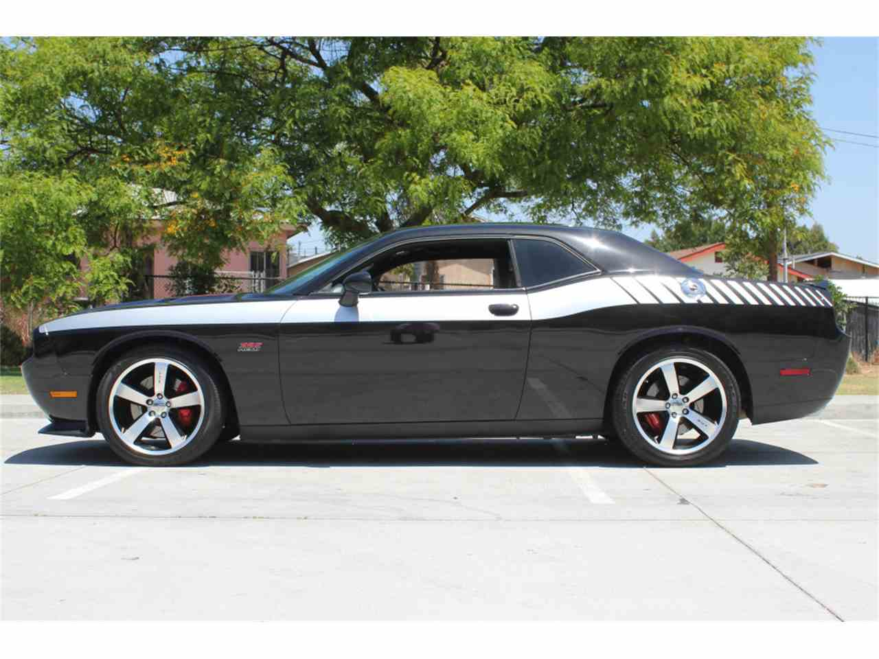 2011 dodge challenger for sale cc 981077. Black Bedroom Furniture Sets. Home Design Ideas