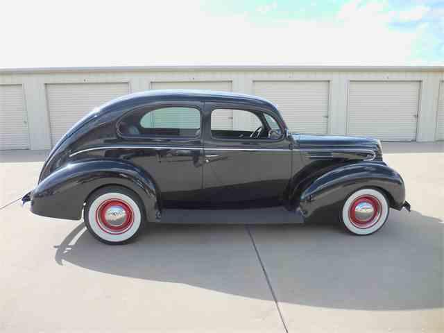 1939 Ford Tudor | 981100
