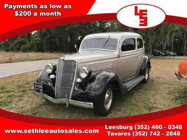 1935 Ford Humpback | 981155