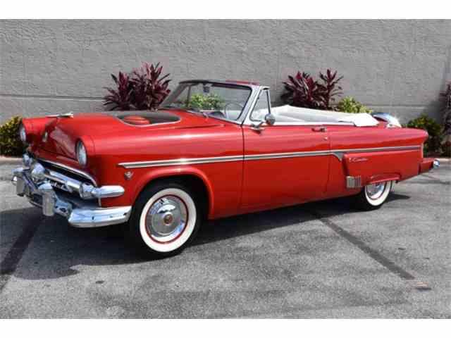 1954 Ford Fairlane Sunliner | 980122