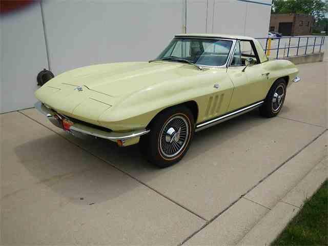 1965 Chevrolet Corvette | 981220
