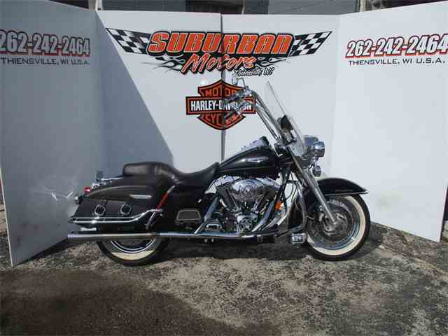 2005 Harley-Davidson® FLHRCI - Road King® Classic | 981372