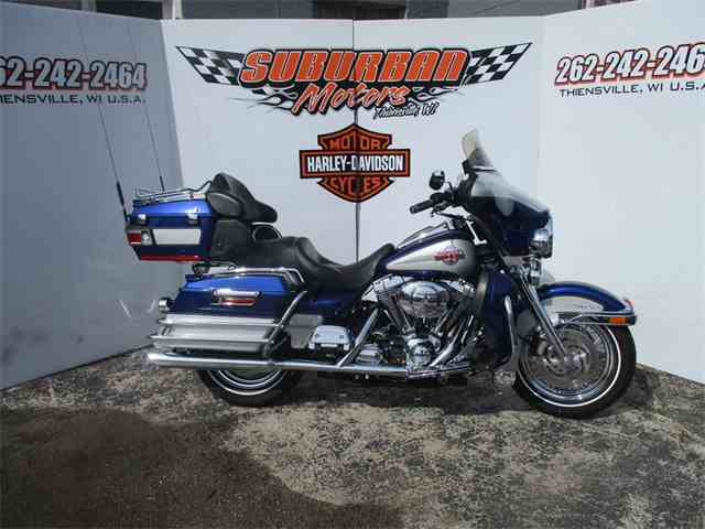 2006 Harley-Davidson® FLHTCUI - Ultra Classic® Electra Glide® | 981373