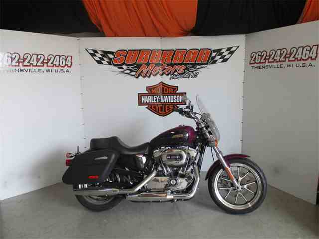 2016 Harley-Davidson® XL1200T - Sportster® SuperLow® 1200T | 981375