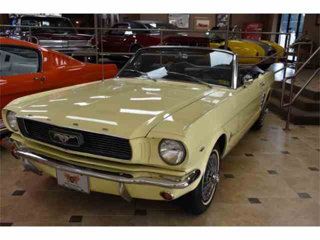 1966 Ford Mustang | 980140