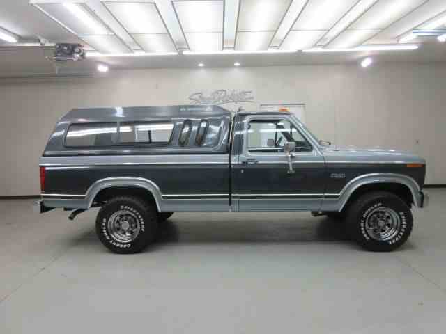1983 Ford F250 | 981422