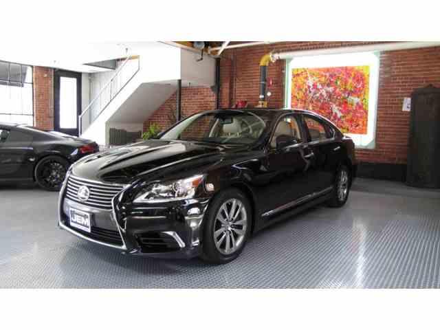 2014 Lexus LS460 | 981436