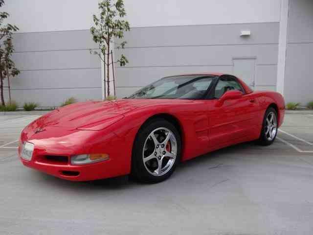 2000 Chevrolet Corvette | 981825