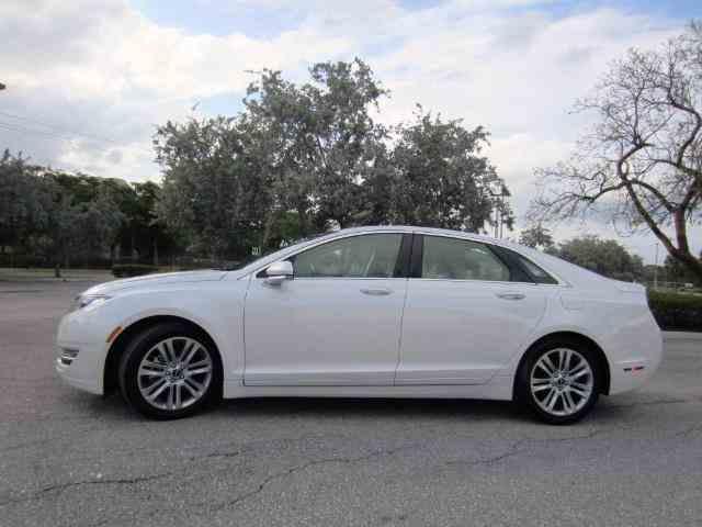 2014 Lincoln MKZ Hybrid | 981848