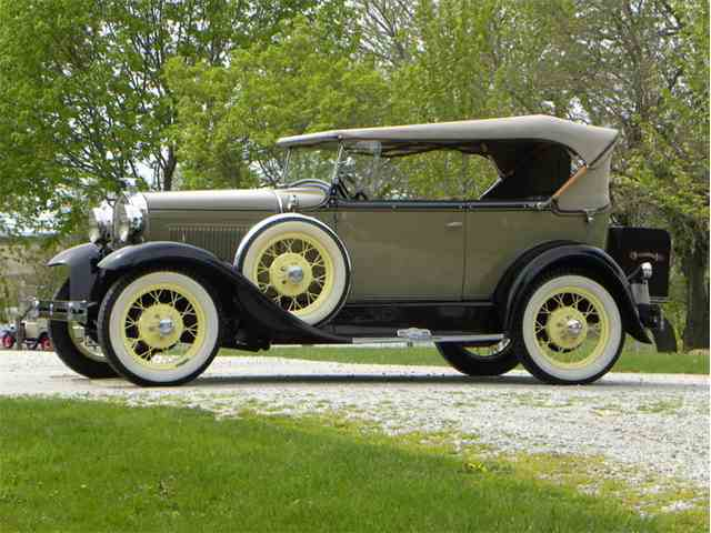 1931 Ford Model A Deluxe 2Dr Phaeton | 981888