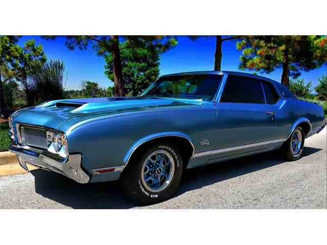 1970 Oldsmobile Cutlass Holiday | 982052