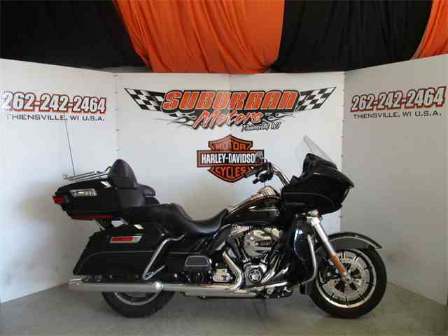 2016 Harley-Davidson® FLTRU - Road Glide® Ultra | 982123