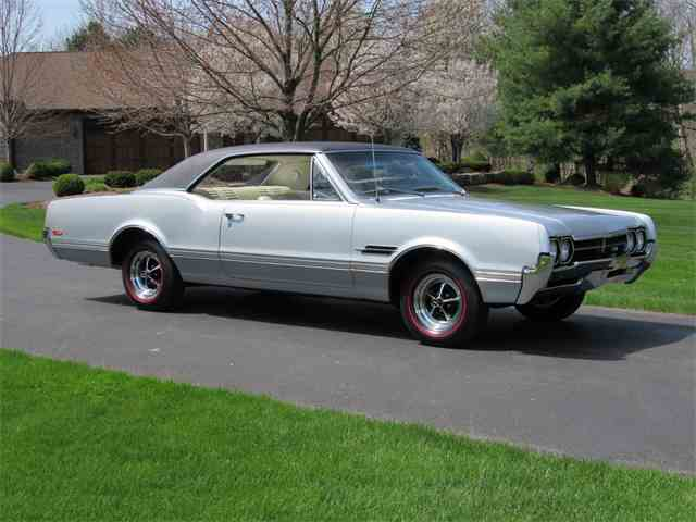 1966 Oldsmobile Cutlass 442 Coupe | 982176