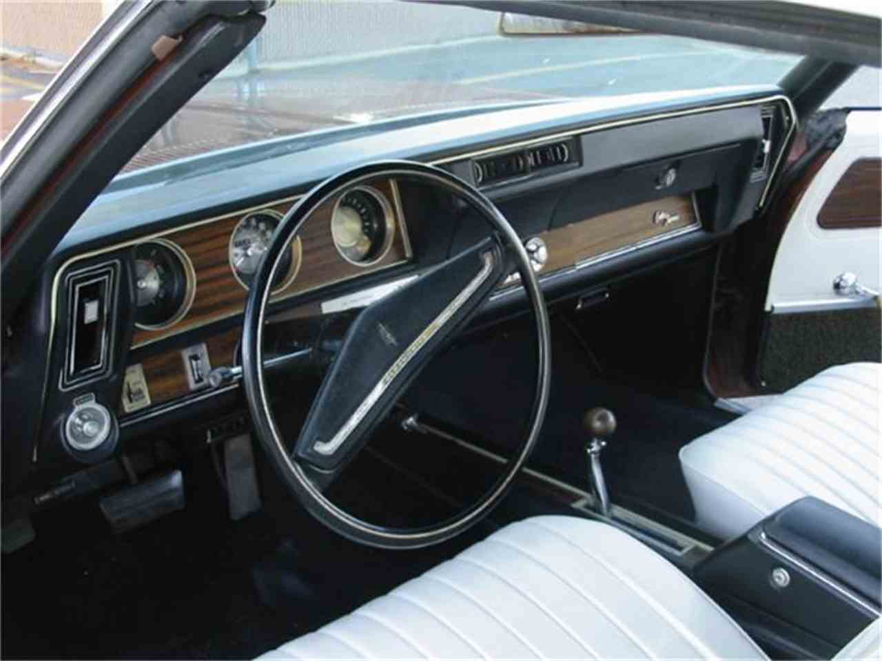 Large Picture of 1971 Oldsmobile Cutlass Supreme - L1WX