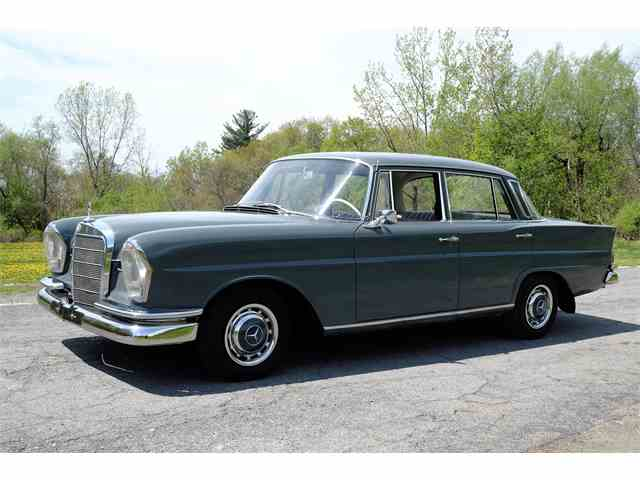 classifieds for classic mercedes benz 1 069 available. Black Bedroom Furniture Sets. Home Design Ideas