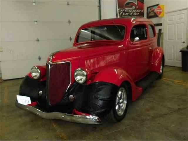 1936 Ford Sedan | 982975