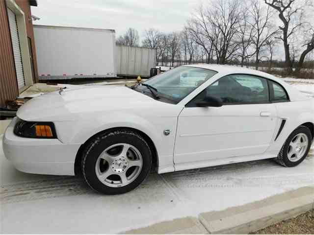 2004 Ford Mustang | 982989