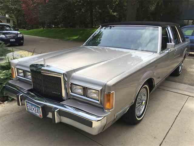 1989 Lincoln Town Car | 980302