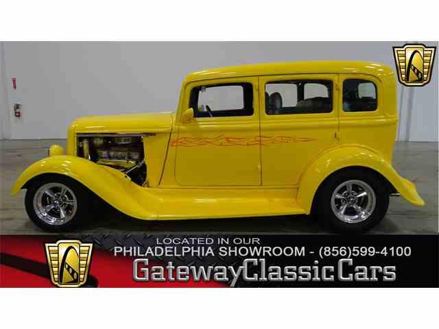 1933 Plymouth Sedan | 983039