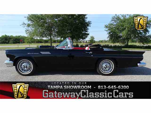 1957 Ford Thunderbird | 983041