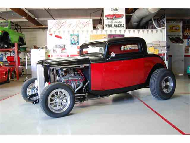 1932 Ford 3-Window Coupe | 983092