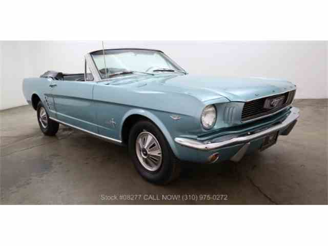 1966 Ford Mustang | 983170