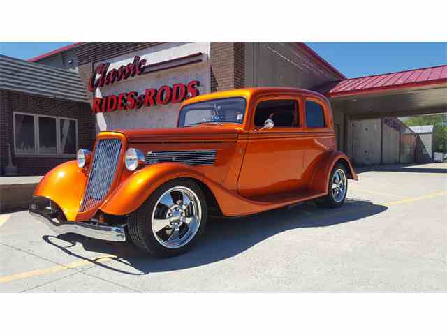 Picture of Classic '33 Ford Sedan located in Minnesota Auction Vehicle Offered by Classic Rides and Rods - L2MI