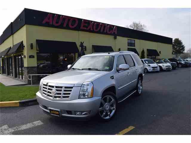 2011 Cadillac Escalade | 983351