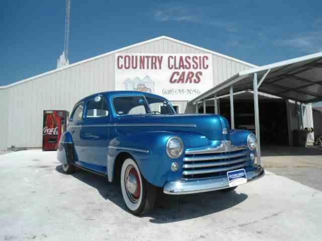 1947 Ford 2-Dr Sedan | 983376